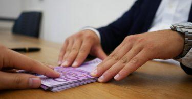 Prêt personnel - la solution lorsqu'on a besoin d'argent rapidement