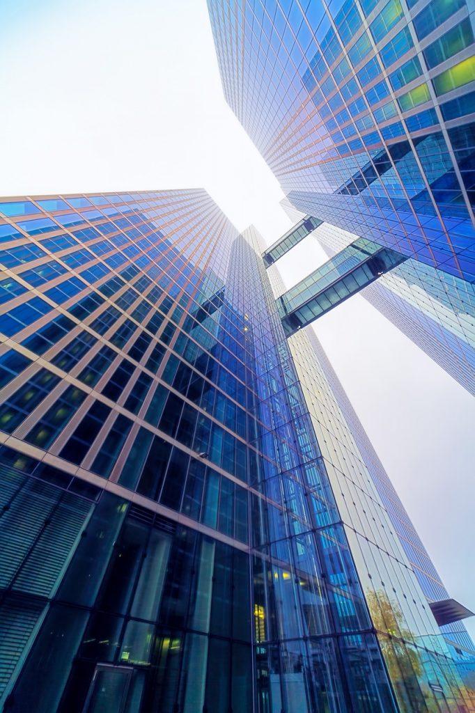 Acheter un immeuble moins cher au m² qu'acheter plusieurs appartements