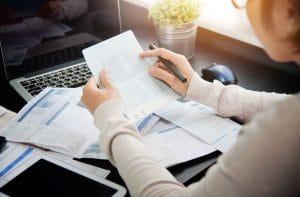 Peut-on échapper aux frais de gestion de compte ? Si oui, comment faire ?