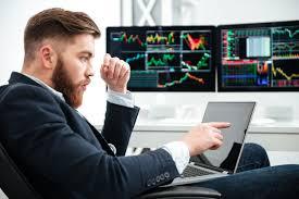 Comment devenir un trader de Forex en ligne?