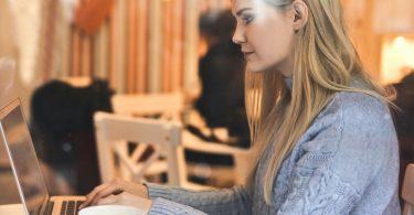 Les meilleurs sites pour dénicher un stage ou un emploi