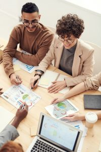 Peut-on trouver du travail grâce au Volontariat International en Entreprise ?